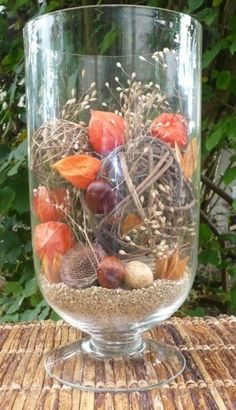 Grote vaas in herfst thema