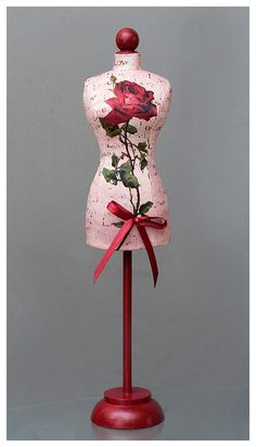 ♥flower appliqué dress form