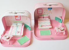 Looking for new and creative ways to use our beautiful prints? Check out Little Button Diaries' suitcase dolls house - it's adorable and so easy to make... Sylvanian Families, Felt Dolls, Diy For Kids, Crafts For Kids, Little Houses, Diy Dollhouse, Dollhouse Miniatures, Laura Ashley, Playmobil