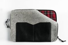 Items similar to Grey Felt Pro Retina sleeve,Grey Wool Felt with Black Leather on Etsy Macbook 13, Wool Felt, Black Leather, Facebook, Trending Outfits, Grey, Unique Jewelry, Handmade Gifts, Pictures