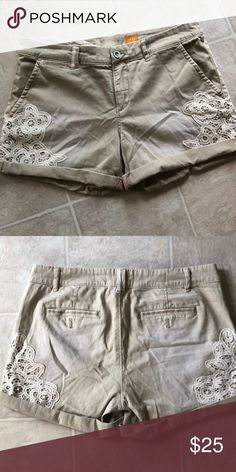 Cute Lace Embroidered Pilcro Anthropologie Shorts Cute Lace Embroidered Pilcro Anthropologie Shorts  Excellent condition, perfect for summer with a super cute lace detail on the side. Super comfy and soft Anthropologie Shorts