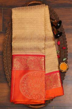 Bridal Sarees South Indian, South Silk Sarees, Wedding Silk Saree, Bridal Sari, Silk Saree Blouse Designs, Bridal Blouse Designs, Kanjivaram Sarees Silk, Kanchipuram Saree, Pattu Sarees Wedding