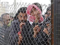 Se calcula que 5000 sirios al día se trasladan desde su tierra hacia a Irak escapando del conflicto armado #ExodoSirio