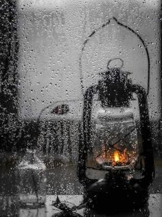 45 Beautiful Rain Photography Ideas And Tips Walking In The Rain, Singing In The Rain, Foto Portrait, I Love Rain, Rain Days, Rain Photography, Photography Ideas, Artistic Photography, Sound Of Rain