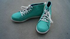 DAILY ESSENTIAL: CROCS SNEAKERS | dressile blog