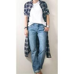 ☆ 昨日はパックT×デニムに #フランネルロングシャツ を羽織っただけの 時短コーデでした #上下ユニクロ部 * これロングシャツ脱いだら…