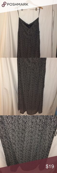 B&W Printed Strapless with a Drawstring Waist GAP dress in excellent condition. GAP Dresses Maxi
