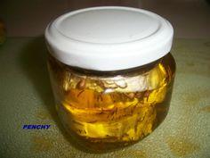 Queso de cabra macerado en aceite de oliva Virgen