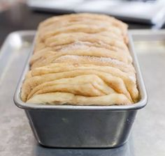 Pan de canela, receta gringa | En Mi Cocina Hoy Decadent Cakes, Pan Dulce, Eclairs, Pound Cake, Cinnamon Rolls, Cake Cookies, Side Dishes, Bakery, Favorite Recipes