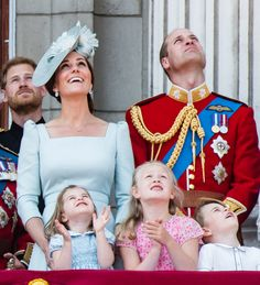 The Duke and Duchess of Cambridge attend the queen's annual birthday celebration. #KateMiddleton #PrinceWilliam #PrinceGeorge #PrincessCharlotte #TroopingTheColour