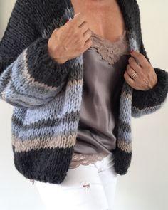 Knitwearlabel PureMe - Lilly is Love Knitting Paterns, Knitting Designs, Hand Knitting, Mohair Cardigan, Strick Cardigan, Crochet Shirt, Crochet Cardigan, Knit Crochet, Pullover Mode