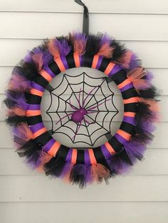 Best 11 The Easy Way to Make a Tulle Wreath Halloween Tulle Wreath, Halloween Deco Mesh, Diy Halloween Decorations, Fall Halloween, Halloween Crafts, Creepy Halloween, Couple Halloween, Tulle Crafts, Wreath Crafts
