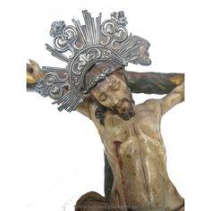 Crucifijo de madera policromada de la escuela barroca andaluza. #Antiguedades #Crucifijos