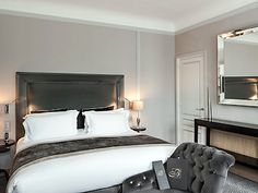 The Baltimore Paris Hotel is located in the most beautiful area of Paris, near to the Champs-Élysées, the Arc de Triomphe and the Eiffel Tower. This elegant building was transformed into a luxury hotel in the 1920s and took the name of its famous first guest, Lord Baltimore. The distinctly Parisian charm of this hotel is ideal for experiencing the French way of life with its Champagne bar, fine dining, library and fitness center. (The hotel is a member of the MGallery collection).