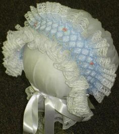 """PeauntButter-n-JellyKids - Anna Leigh's Bonnet Bonnet pattern used was from """"The Bonnet Collection from Nancy Colburn. The smocking plate is """"Anna Leigh"""" by PBJK"""