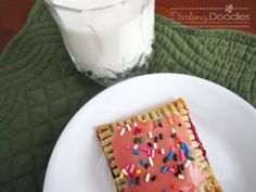 Homemade poptarts..I should probably try these..I'm sure they are better for my 4yr old than the store bought ones she loves