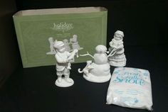 Dept 56 Winter Silhouette Building a Snowman Holiday Silhouettes #78701