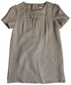 (http://www.bittybirdieboutique.com/chloe-beige-twill-dress-size-6-or-8/)