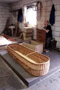 construction of willow coffin | Coates Willow, Somerset UK.