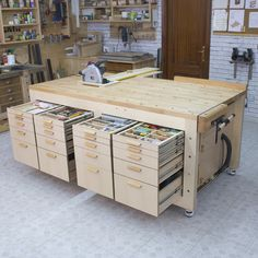 RYOBI NATION - Garage WorkbenchGarage Workbench from Ana Roll-Away Workbench system plans.High Performance Multifunction Workbench Build - Today PinMulti-function workbench construction with high capacity - - Woodworking Wood projects Woodworking tools Woodworking Bench Plans, Woodworking Workbench, Woodworking Workshop, Woodworking Furniture, Workbench Ideas, Workbench Organization, Workbench Top, Industrial Workbench, Workbench Designs
