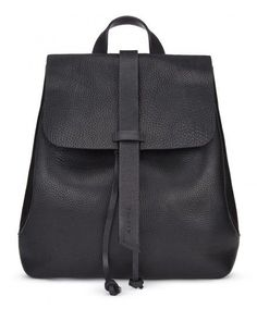 16 Best Black leather backpack images  a4edfdebbd5fe