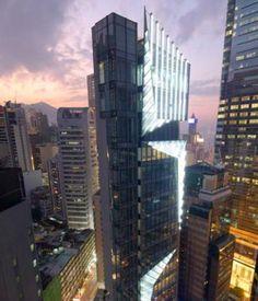 Le #Spa EviDenS se trouve dans l'actuel plus luxueux quartier de Hong Kong, Lee Garden à Causeway Bay.  Situé au premier étage du tout récent Cubus Building, notre Spa est composé de 5 cabines : 2 Suites VIP et 3 Cabines au design chic et soigneusement minimaliste d'inspiration Japonaise.  Le Spa EviDenS est équipé avec les dernières technologies de pointe telles que le KOS avec Bain Turc, Système Idrocolor®, pommeau de douche central, jets hydro-massant verticaux.