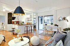 une jolie salle de séjour avec meuble design scandinave, meubles scandinaves pour le salon