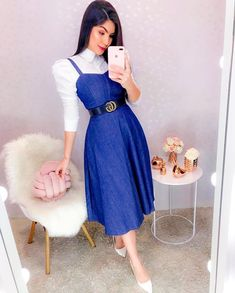 Fashion Tips Pear Shape .Fashion Tips Pear Shape Fashion Tips For Girls, Petite Fashion Tips, Teen Fashion Outfits, Modest Fashion, Skirt Fashion, Fashion Dresses, Modest Casual Outfits, Classy Work Outfits, Pretty Outfits