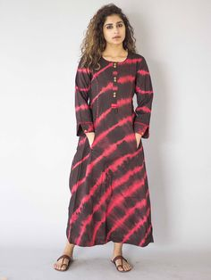 Black_Pink_Stripes_Tie_and_Dye_Cotton_Dress_1.jpg (700×933)