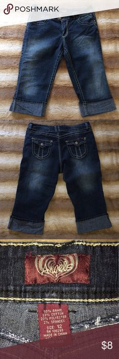 """Stretch Capris Jeans Used but good condition. Stretch jean material. Waist - 34"""". Inseam - 17"""". Angels Pants Capris"""