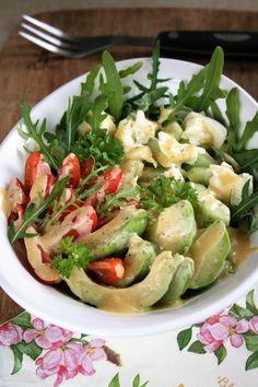 Sałatka z rukolą, awokado i ogórkiem | sio-smutki! Monika od kuchni Salad Recipes, Snack Recipes, Snacks, Mango, Potato Salad, Good Food, Food And Drink, Healthy Eating, Favorite Recipes