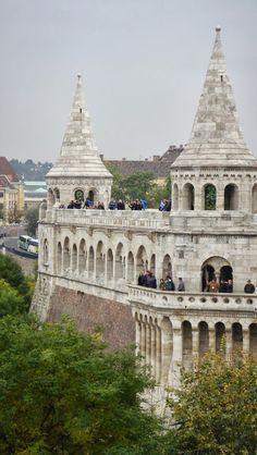 Cinco cosas a hacer en #Budapest: Bastión de los Pescadores http://elisaserendipity.blogspot.com