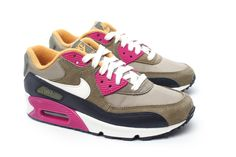 best website 6ac6c df93e Nike WMNS Air Max 90 (Bamboo Sail-Medium Olive-Black) Air · Air Max 90 BambusoideaeZapatillas