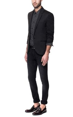 CIRCULAR KNIT BLAZER - Ignore the rest of the outfit, but just check out the blazer.