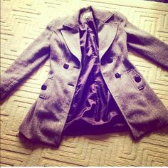 Winter blazer (final price) It has been worn 3 times, and it is also in good quality. It is from a Colombian retail store, and it is super warm for winter Tory Moda Jackets & Coats Blazers
