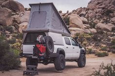 The hottest trend in the car-camping and overland world right now is the lightweight pop-top truck camper. It combines a truck topper shell and a rooftop tent. These go-anywhere truck campers are ready for adventure! Pop Top Camper, Camper Tops, Pop Up Truck Campers, Slide In Camper, Cabover Camper, Suv Camper, Pickup Camper, Offroad Camper, Truck Bed Camping