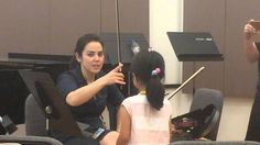Jennifer Moberg demonstration of how to teach a violin bow hold.