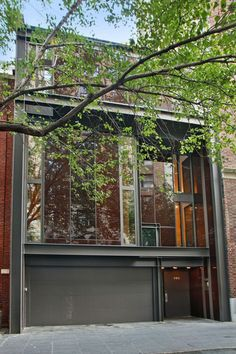 """Iconic """"Urban Retreat"""" in New York city by Paul Rudolph 