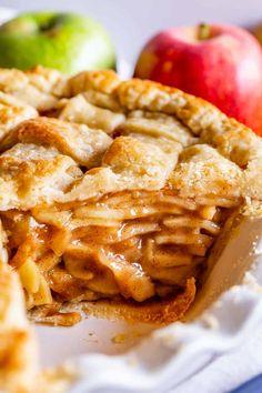 Best Apple Recipes, Apple Pie Recipe Easy, Homemade Apple Pie Filling, Best Apple Pie, Easy Pie Recipes, Best Pie, Tart Recipes, Favorite Recipes, Apple Desserts