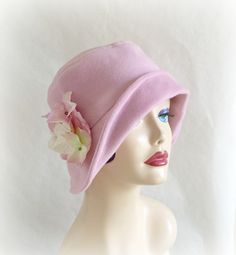 Womens Hats Ready to Ship Cloche Hat Pale Pink Wool Hat 1920's Flapper Hat Downton Abbey Cool Weather Gatsby Cloche Handmade in USA #downtonabbey #hat