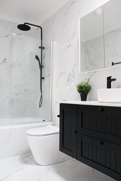 Modern Shower, Modern Bathroom, Small Bathroom, Relaxing Bathroom, Master Bathroom, Shower Storage, Shower Shelves, Bad Inspiration, Bathroom Inspiration