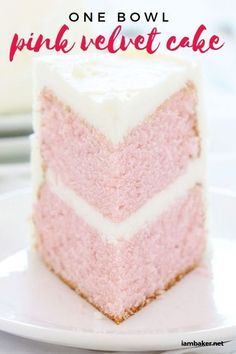 I love pretty delish cakes! This Pink velvet cake is so smooth and moist and petty simple too. Give in to this sweet craving and bake up something amazing! recipes easy One Bowl Pink Velvet Cake - i am baker Homemade Cake Recipes, Cupcake Recipes, Cupcake Cakes, Easy Vanilla Cake Recipe, Chocolate Cake Recipe Easy, Chocolate Recipes, Köstliche Desserts, Delicious Desserts, Pink Desserts Easy
