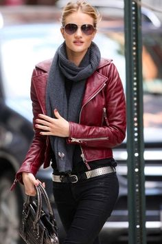 Rosie Huntington-Whiteley | Street Style