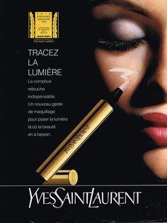 PUBLICITE ADVERTISING 114 1992 YVES SAINT LAURENT cosmétiques TRACEZ LA LUMIÈRE