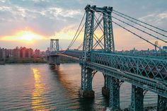 Williamsburg Bridge by Jorge Quinteros via Flickr