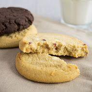 Bulk Powders PROTEIN COOKIES - Köstlich weiche Kekse - Über 27 g Protein pro Keks - In Schoko-Orange und Himbeere-Weiße Schokolade erhältlich