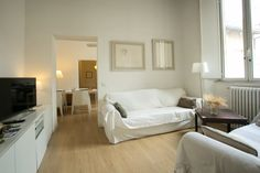 Rome, Italy Vacation Rental, 1 bed, 1 bath, kitchen with WIFI in Campo Dei Fiori. Thousands of photos and unbiased customer reviews, Enjoy a great Rome apartment rental perfect for your next holiday. Book online!