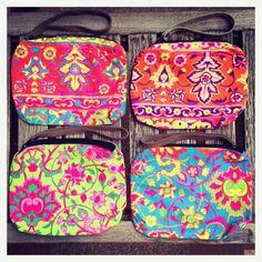 Fluor ethnic block print purses. Only in Living International!  Follow us on facebook!  https://www.facebook.com/pages/Living-International/