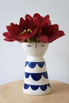 Lanky Miss Petal ceramic stoneware pottery por vanessabeanshop
