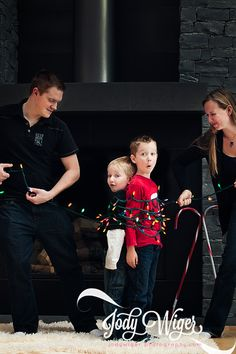 A new twist on the Christmas family portrait. http://jodywigerphotography.com